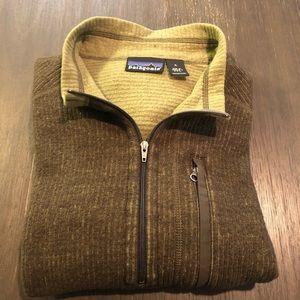 Patagonia 1/4 Zip Up Sweater